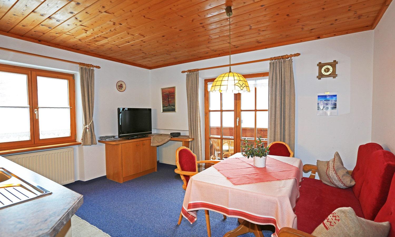 Wohnung Imberger Horn - Blick in Küche, Ess- und Wohnbereich